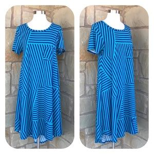 LuLaRoe 2 Tone Blue Striped Geometric Carly Dress